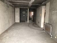 凤凰财富广场,120平米,3室2厅,毛坯房自由装修可直接改地暖62.8万支持按揭