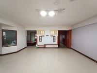 中心汽车站对面,金源阁电梯房,3600一平米大产权有本可按揭,急售手慢无!