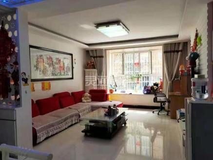 华林逸墅隔壁沁水雅居 步梯1楼精装3室大产权 满二 可按揭 带地下室 租的车位
