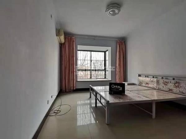 出售香格里拉绿谷3室2厅2卫138平米69.8万住宅