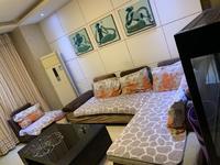 尚东城 电梯14楼 135平米 精装三室两厅两卫 带家具家电地下室 88万