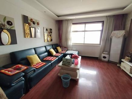 宝鼎大厦,金鑫大酒店北,132平精装3室,64万电梯房,有本满二能按揭