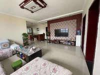禹香苑新出地暖房,步梯3楼,128平米,精装修,带家具家电,诚意出售价格可谈。