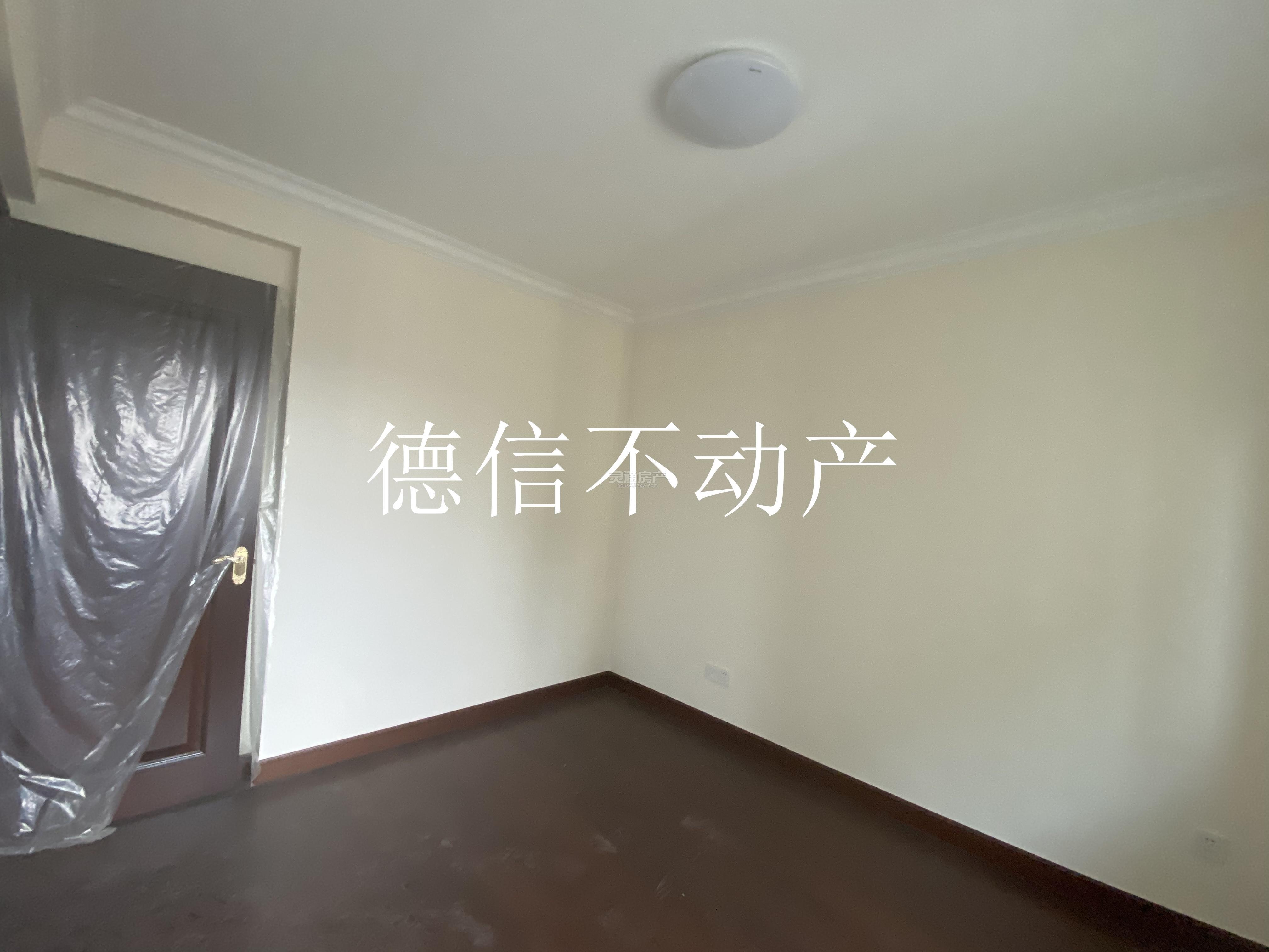 恒大绿洲 空房空房 147平 三室两厅 恒大交房标准 适合办公