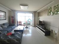 锦绣花城 繁华地段 北区大产权 可按揭 五千多的精装房 看房提前联系