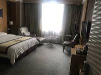 出租华曦广场微公馆1室1厅1卫42平米800元/月住宅