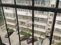 实验中学家属院 运师附小旁,步梯6楼,100平米,三室一厅一卫,简单装修