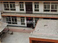 盐湖区东留村独家二层院出租,5分大,水电暖、家具家电齐全,拎包入住,限年租