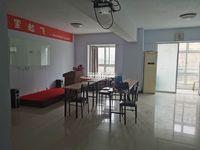 出租天泰凤凰公寓86平米1.8万写字楼