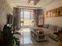 星河城特价房,步梯3楼,113平米,精装带家具家电
