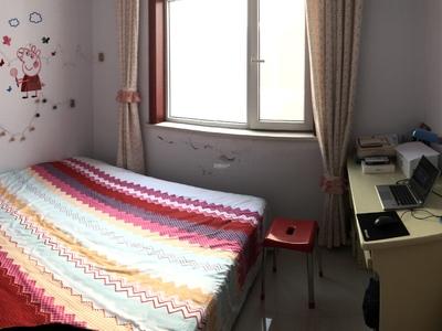 舜德佳园 112平米,三室两厅一卫,精装修,水电暖