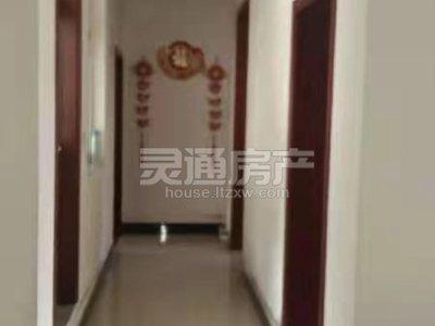 北郊眼科医院斜对面 龙庭雅苑单元楼出租,6楼,126平米,三室精装修