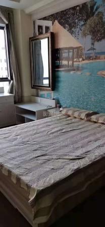 市中心华曦公寓,精装,家具家电齐全,拎包入住,可按揭。