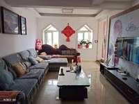 香榭丽舍,精装两房,使用面积110平,阳光房已做好,拎包入住