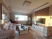 急售 黄金水岸3室2厅1卫120平米55万住宅