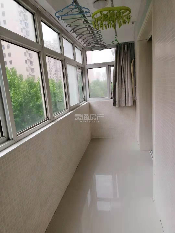 铺安街天泰文化苑北区单元楼出租出售均可,2号楼4层,123平米水电暖家具家电齐全